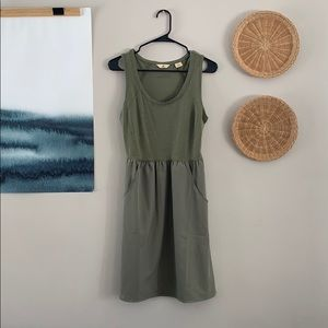 EUC Ascend Athletic Outdoor Dress in Olive Green